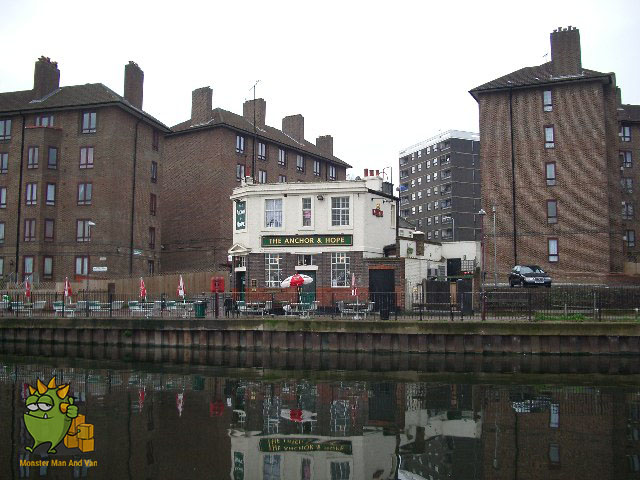 Pub by the rive - Upper Walthamstow